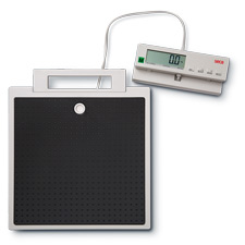 Seca 899 floor Scale with cable remote display Class (III)
